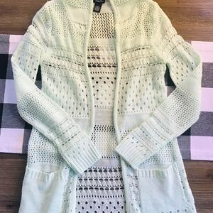 🧚🏻‍♀️Pretty cardigan sweater with hood 🧚🏻‍♀️